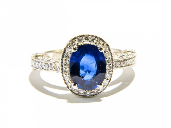 Rings - Oval Sapphire Ring
