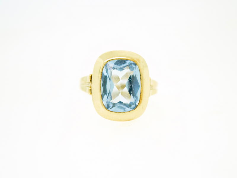 Estate-Rings - 14KY BLUE TOPAZ BEZEL SET RING  - image #2