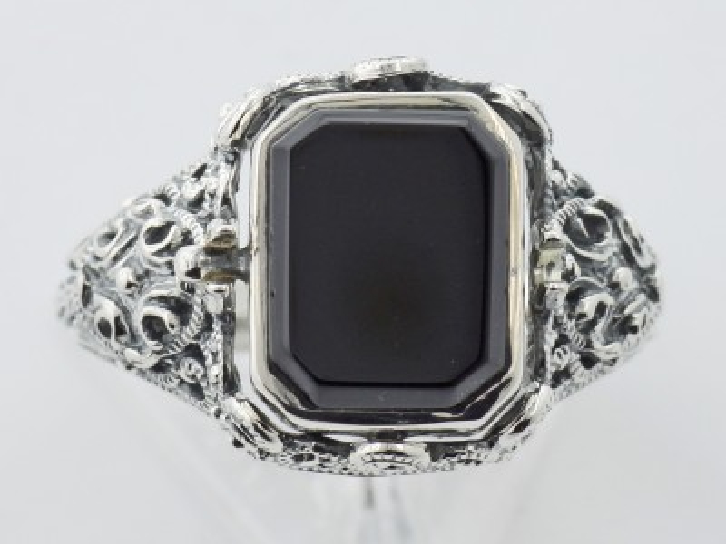 Vintage Inspired Fashion Jewelry - Sterling Silver Hand Carved Italian Cameo / Onyx Filigree Flip Ring - image 4