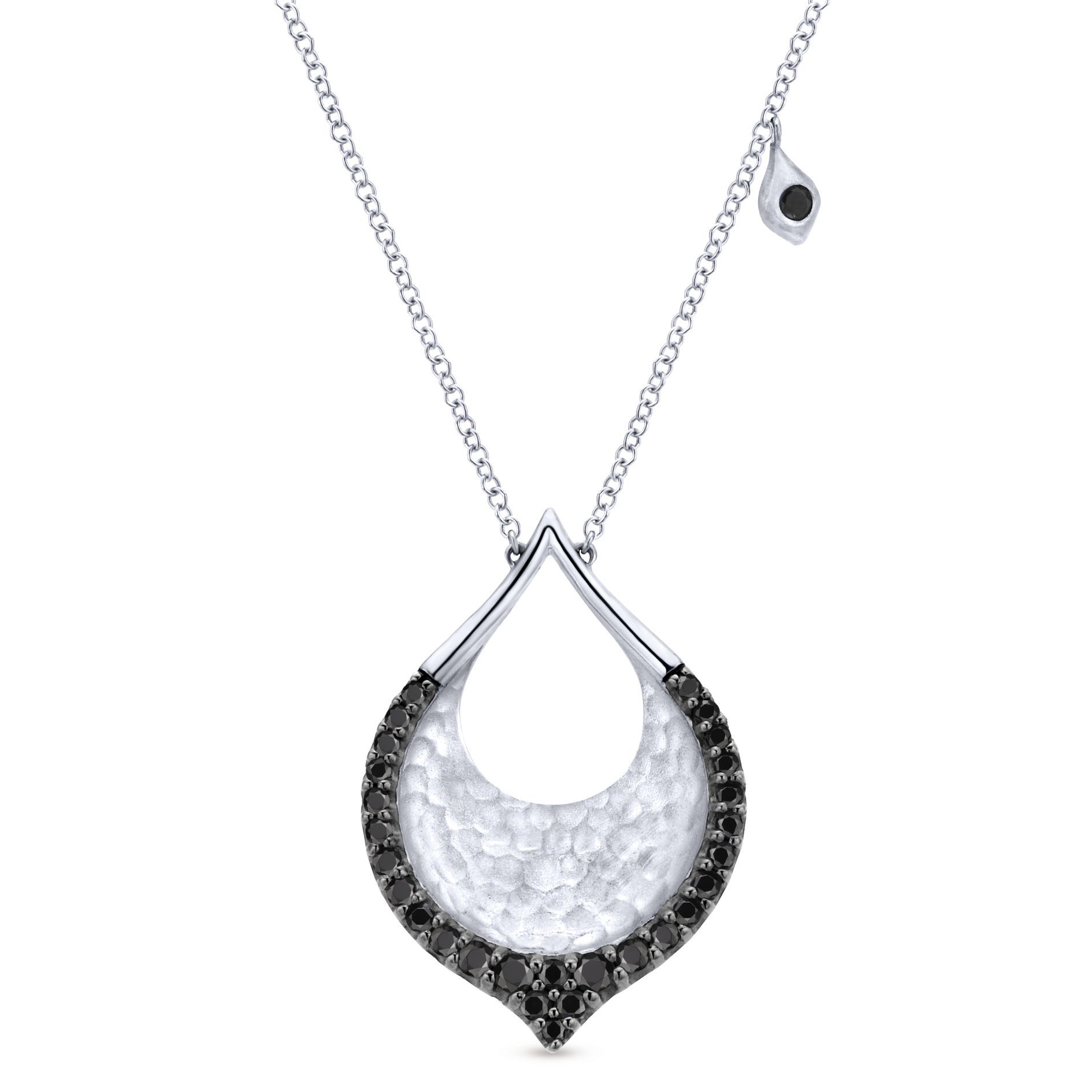 Necklaces - SILVER FASHION BLACK SPINEL NECKLACE