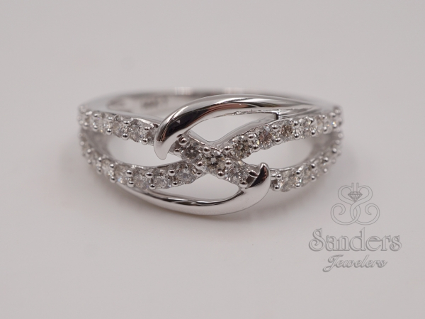 Rings - Interlocking Diamond Fashion Ring