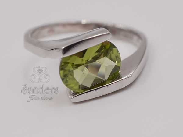 Rings - Peridot Bypass Ring