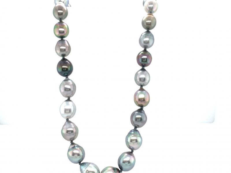 Pendants & Necklaces - Tahitian Pearl Strand