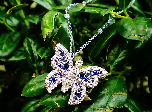Sanders Jewelers Custom Designs - Custom Noche de Galla Butterfly