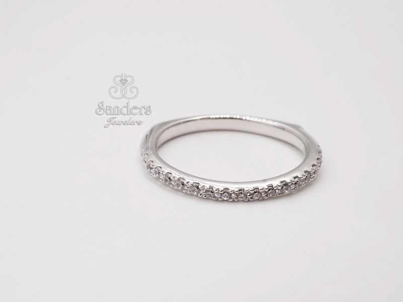 Bridal Jewelry - Curve Diamond Wedding Band