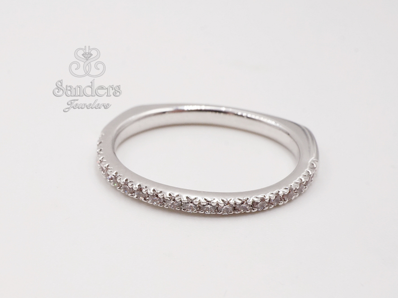 Bridal Jewelry - Straight Diamond Band