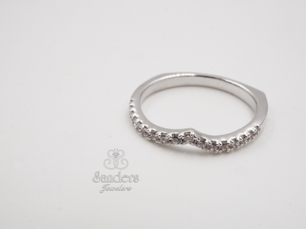 Bridal Jewelry - Notched Diamond Wedding Band