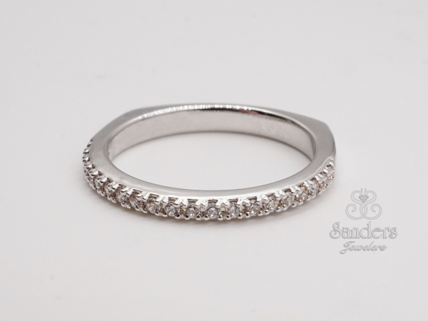 Bridal Jewelry - Straight Diamond Wedding Band