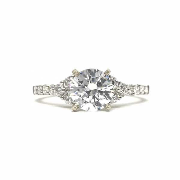 Engagement Rings - Round Semi-Mount Ring