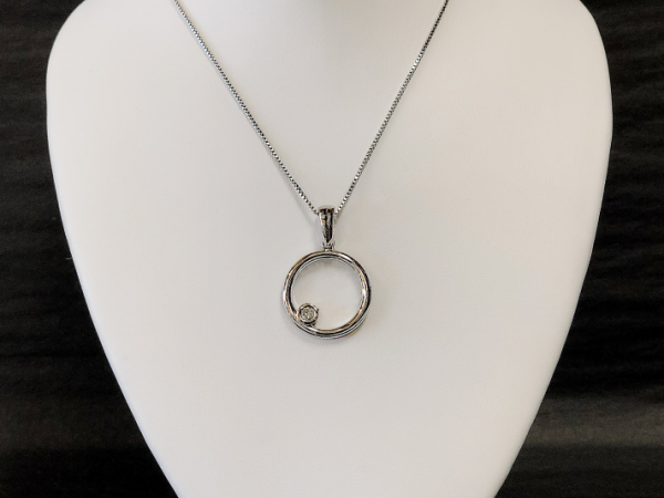 Sterling Silver Circle Pendant with Diamond - Sterling Silver Circle Diamond Pendant  BR. 0.09