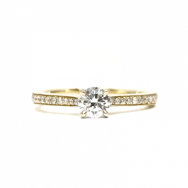 Engagement Rings - Yellow Gold Round Diamond Engagement Ring