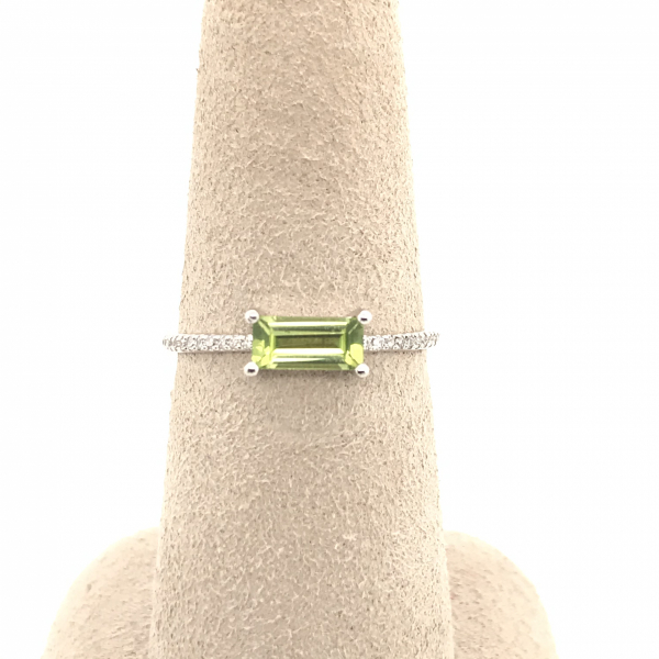 Fine Jewelry - Emerald Peridot Diamond Ring